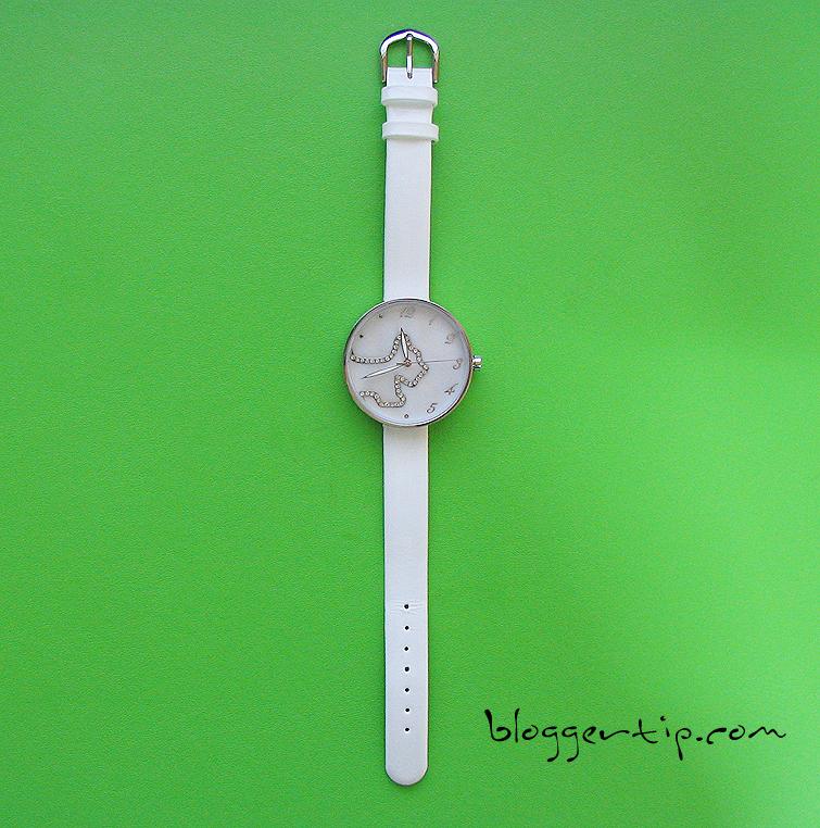 아가타 손목시계