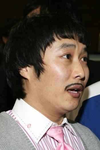 개콘 달인의 수염은 무슨 수염일까?