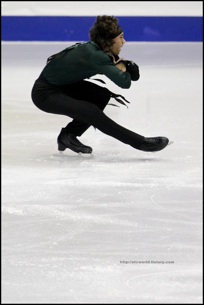 SBS ISU Grand Prix of Figure Skating Final Goyang Korea 2008/2009 2008/2009 SBS ISU 고양 피겨스케이팅 그랑프리 파이널 대회 Junior Men - Short Program Elladj BALDE